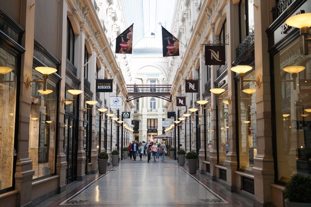 Passage, shopping mall, the Hague