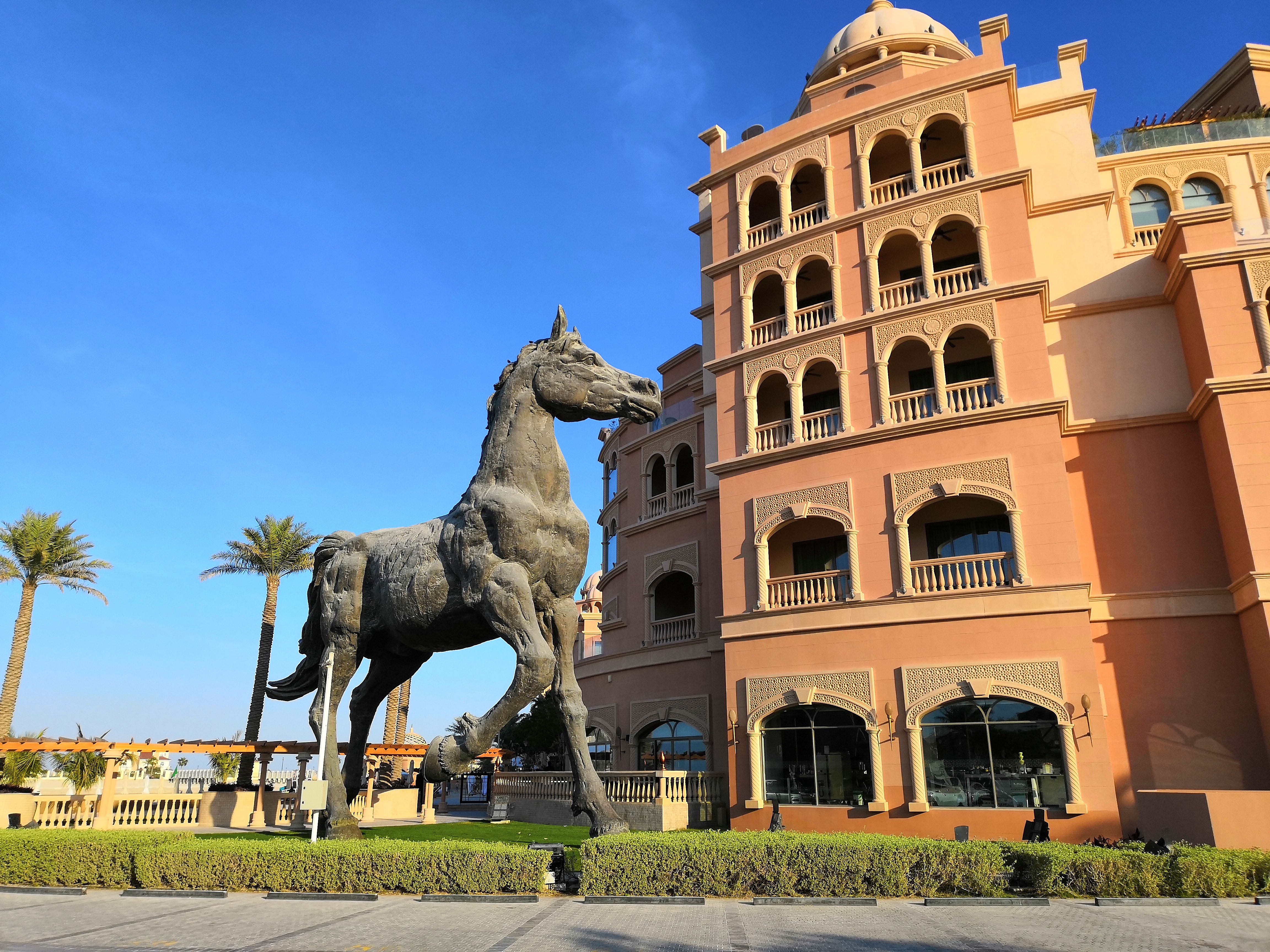 Kempinsky Doha horse